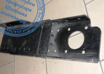 Передний кронштейн рамы автомомбиля SHACMAN (DZ95259931150 и DZ95259931160)
