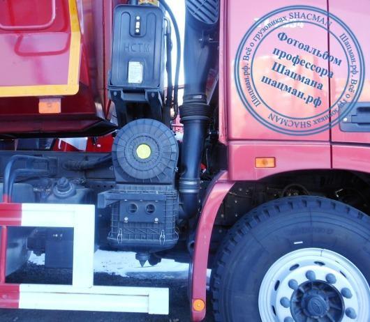 Расположение воздушного фильтра на грузовом автомобиле FOTON-Daimler TL