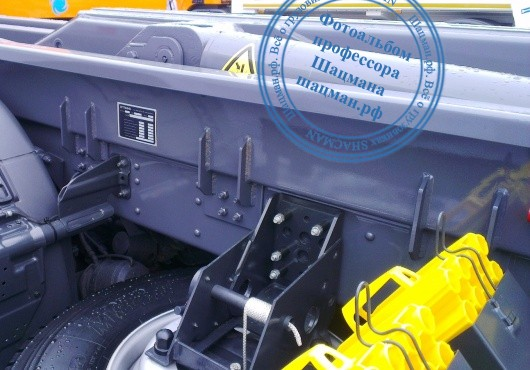 Монтаж оборудования на шасси грузового автомобиля