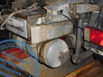 Перенос аккумуляторов седельного тягача DAF