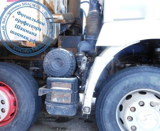 Расположение воздушного фильтра на грузовом автомобиле SHACMAN F3000